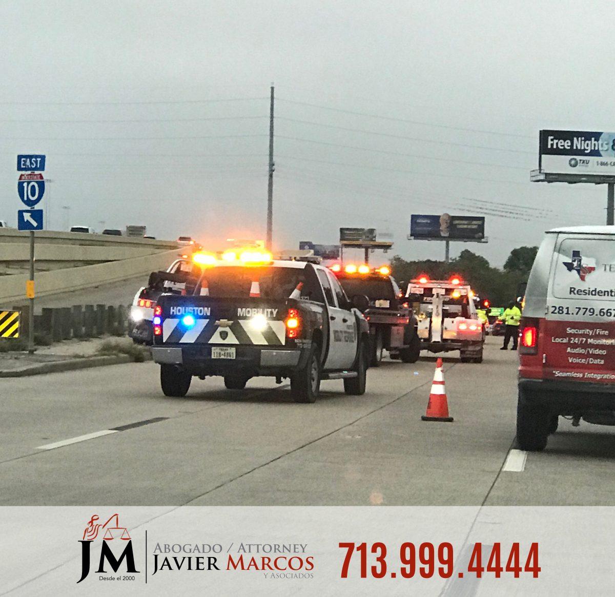 Trailer accident attorney | Attorney Javier Marcos | 713.999.4444