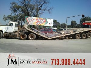 Truck Accident Compensation | Attorney Javier Marcos | 713.999.4444